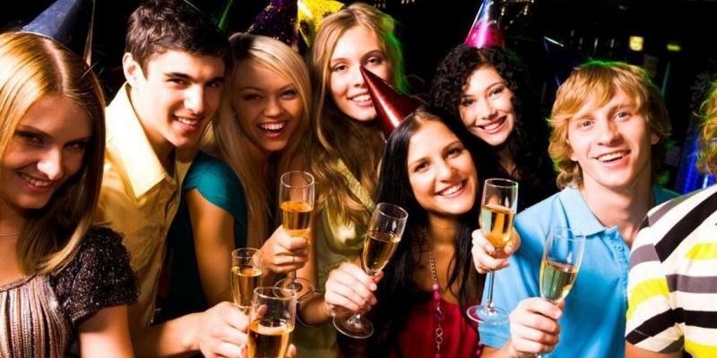 Festa a sorpresa per un'amica: i locali dove organizzarla a Roma