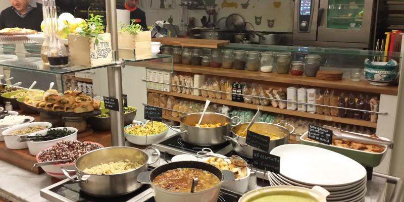 Pranzo o cena a buffet, a Napoli si può