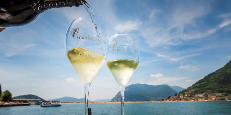 Franciacorta: 5 ristoranti dove bere prima di mangiare in Lombardia