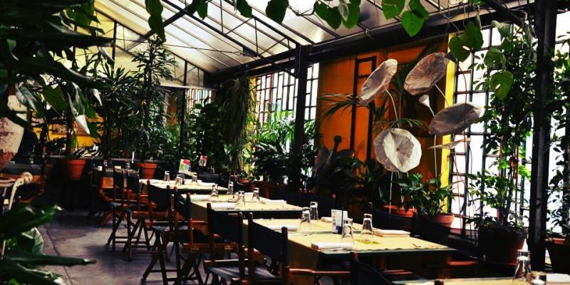 Non solo cibo: i caffè dove fare shopping a Milano