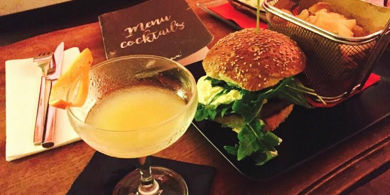 Hamburgers & Cocktails, arriva il nuovo menù estivo di Percorsi Burgers