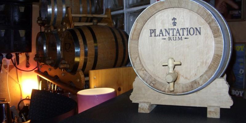 5 locali dove bere i migliori rum di Roma