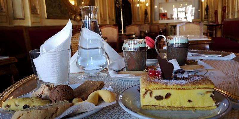 Dove bere un caffè a Venezia e' un rito: Caffè Florian