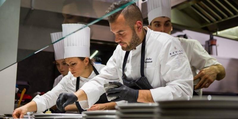 """""""Radici"""", fra i fenomeni gastronomici padovani dell'anno. Chef Andrea Valentinetti ce lo racconta"""