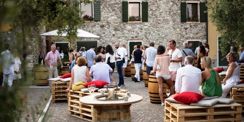 I ristoranti con un giardino da favola in provincia di Verona