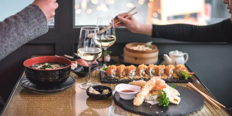 Mica contano solo uramaki e sashimi: i ristoranti giapponesi di Milano che hanno anche ottime cantine