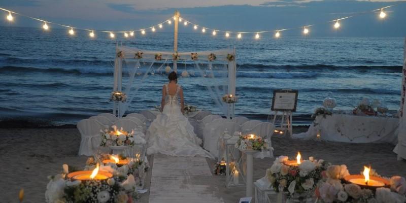 Matrimoni in spiaggia, 5 consigli per un ricevimento impeccabile