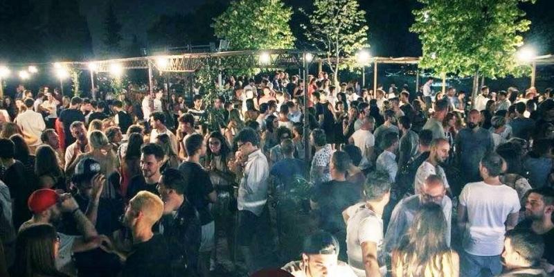 Non solo bere, i locali con intrattenimento per le tue serate live a Verona e sul Garda