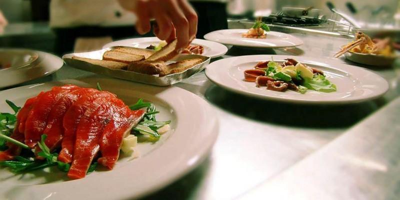 Tartare di pesce: i ristoranti dove mangiarla tra Verona e il Lago di Garda