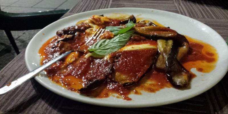 Dove mangiare a Napoli la migliore parmigiana di melanzane