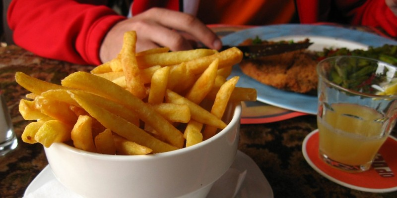Voglia pazza di patatine fritte: i 6 locali in Veneto che non ti deluderanno mai.