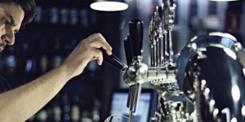Scopri i pub di Napoli dove abbinare dolci deliziosi e birra