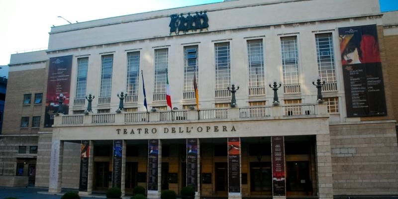 Quella fame pazzesca dopo il terzo atto: 13 locali romani per mangiare post serata a teatro
