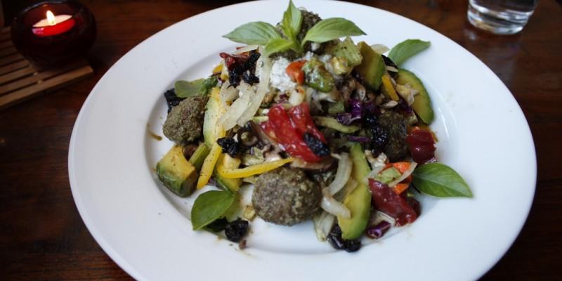 Mangiare vegetariano a Roma dove meno te lo aspetti