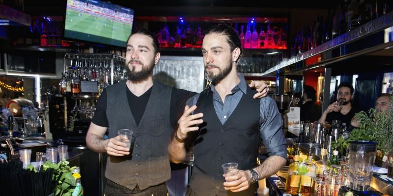 Viktoria Lounge Bar, cocktail di qualità e passione il segreto del successo per i gemelli Marini