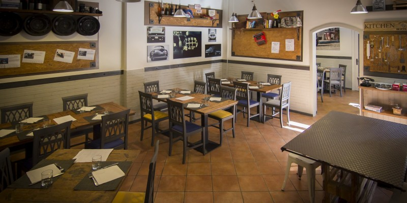 Officina, showroom e cucina: ecco perché alla Trattoria Bertamé non ci vai solo a mangiare