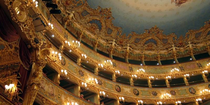 Dove cenare dopo il teatro quando vuoi mangiare bene e subito: i 5 indirizzi giusti in Veneto