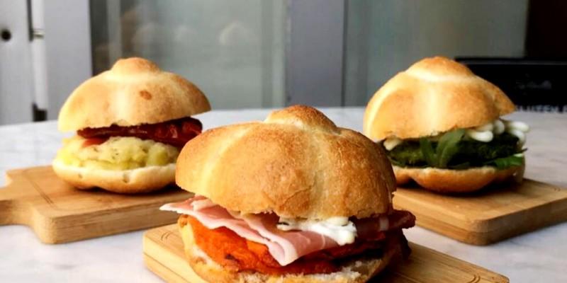 Hamburger, rosette, ciabatte ripiene e molto altro: i 5 panini gourmet di Roma da mordere almeno una volta nella vita