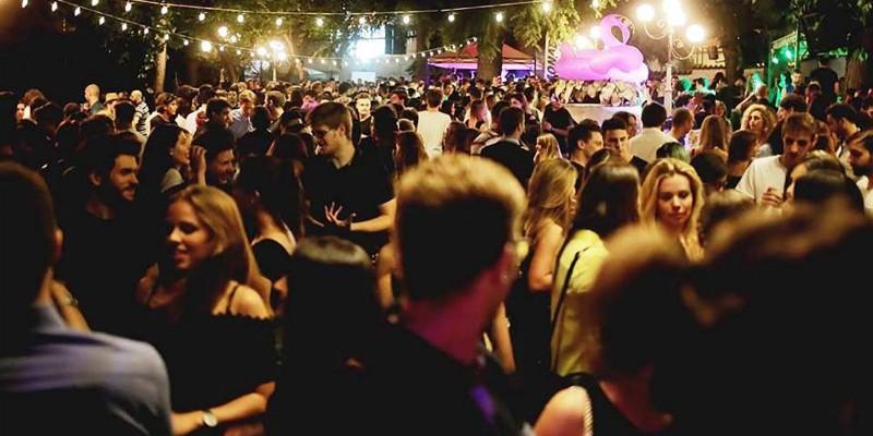 Locali con musica dal vivo e dj set all'aperto a Verona e Provincia