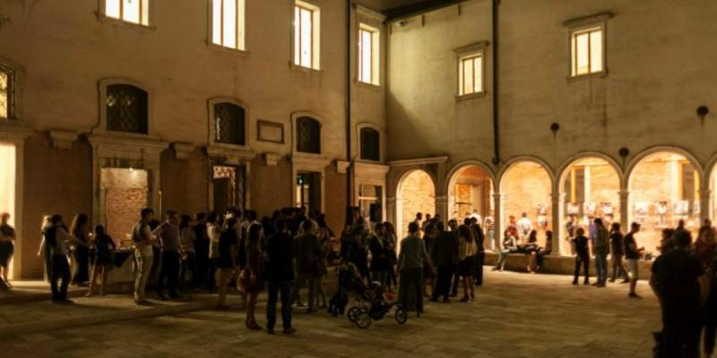 We_Crociferi, l'aperitivo estivo da non perdere a Venezia