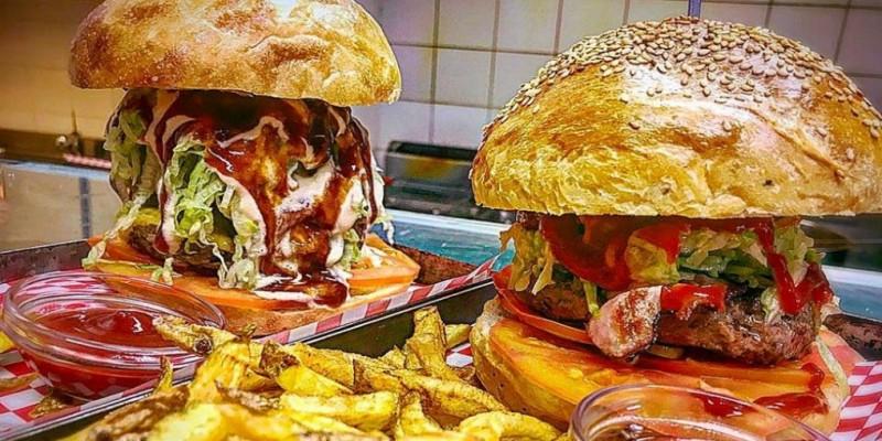 I migliori hamburger giganti di Roma. Solo i palati più allenati ci riusciranno