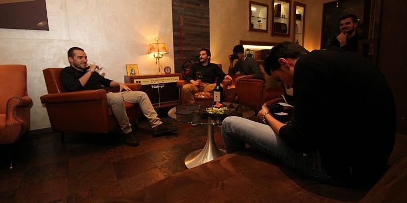 Stasera esco in pantofole: 6 locali di Roma con salotto dove rilassarsi e bere bene