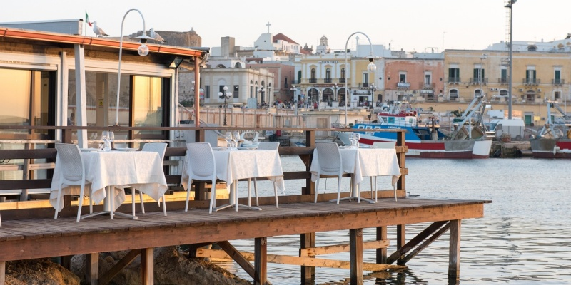 Pranzo in riva al mare: un tuffo nei colori, nei sapori e nei profumi di Marechiaro