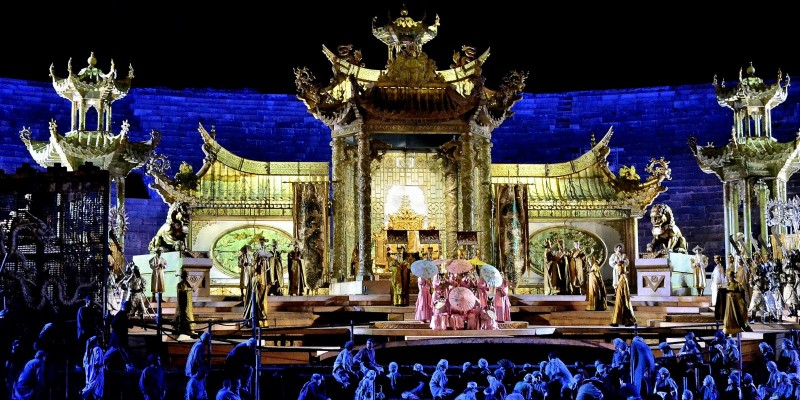 Non hai ancora visto un'opera al 96° Festival Lirico all'Arena di Verona? E' ora di farlo