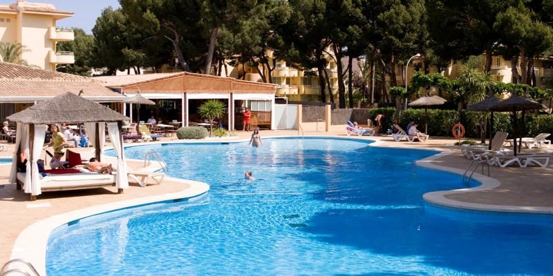 Le più belle piscine di Milano se il mare quest'estate è un miraggio