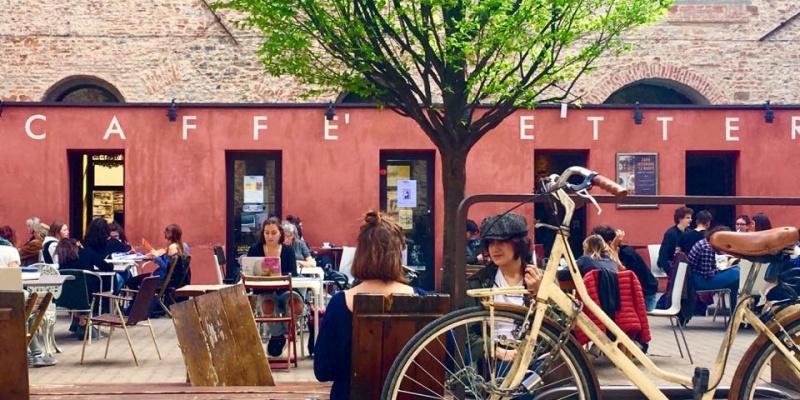 Aperitivo in piazzetta: i locali di Firenze nascosti tra le vie del centro e lontani dal caos delle rotte turistiche
