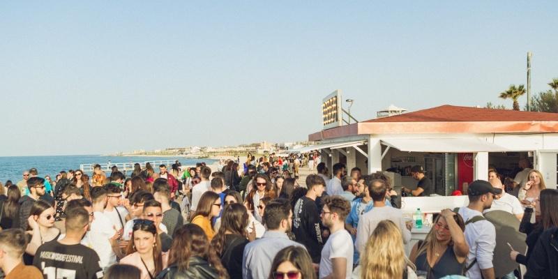 La movida a Bari tra sole, mare, sport e i locali di Torre Quetta
