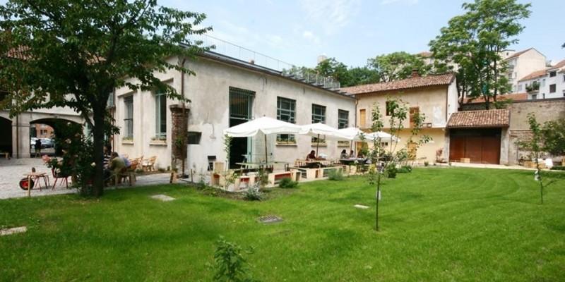 Aperitivo: 5 posti dove farlo in giardino a Milano
