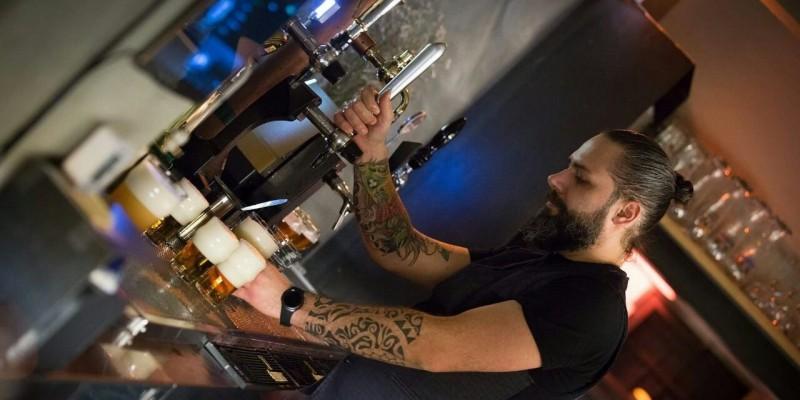 Il grande Manuel Brognera: all'Outsider di Quinto c'è un oste 'da Guinness'