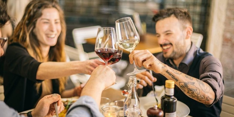 Veneto: gli aperitivi in piazza che non passano mai di moda