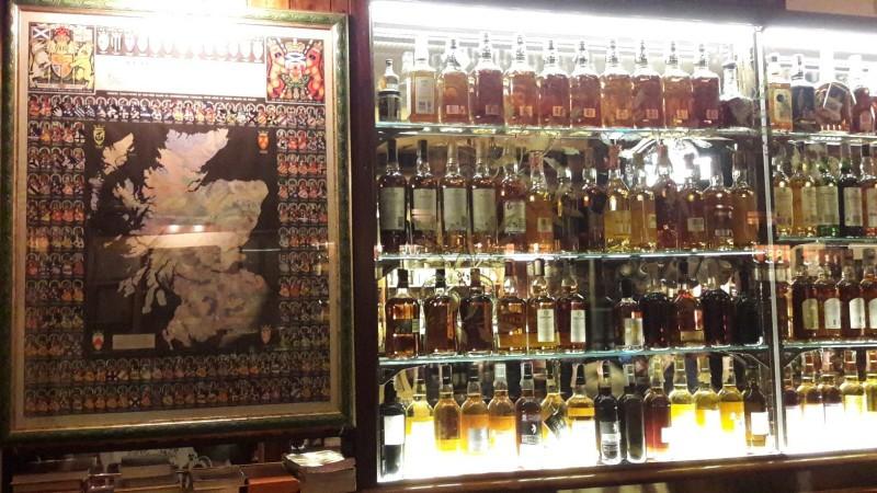 roma pub locale recensione whisky scozia birra stinco