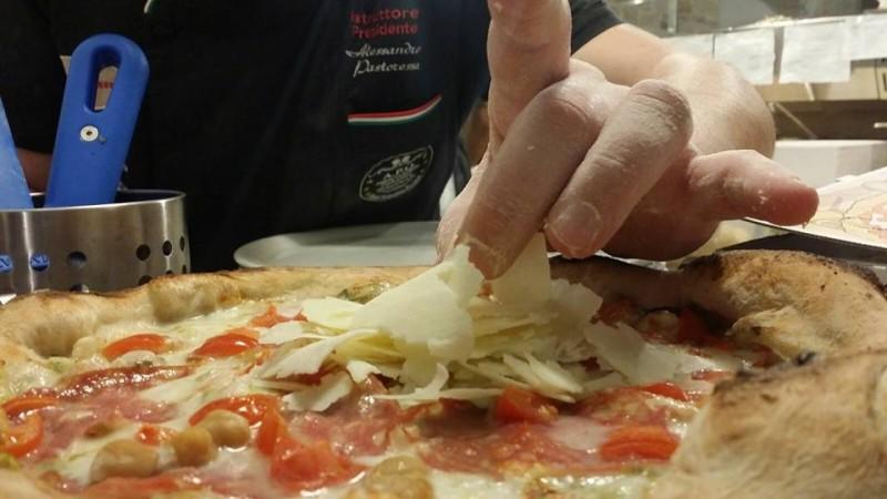 pizza piazza del cenobio