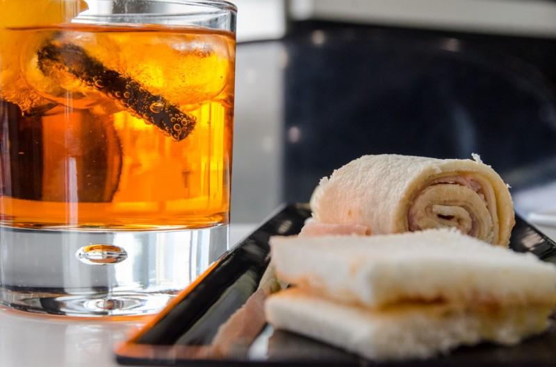 redattori licheri aperitivo pasticceria vittoria