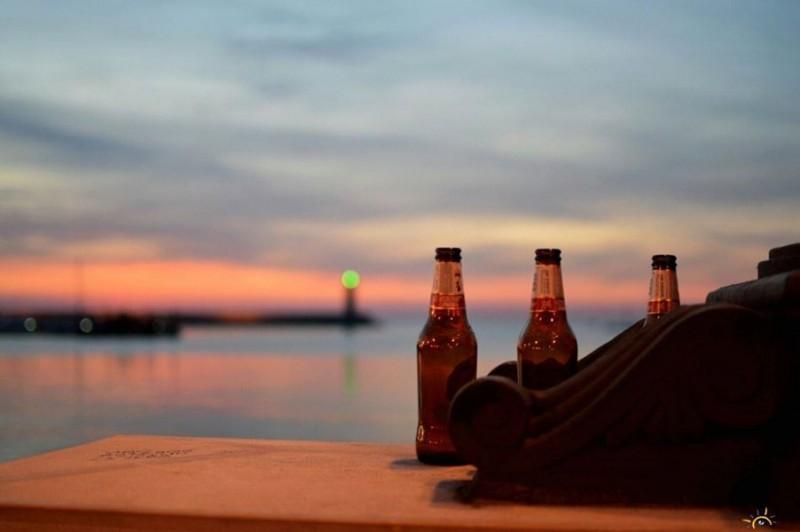 birra peroni lungomare bari foto di francesco de leo