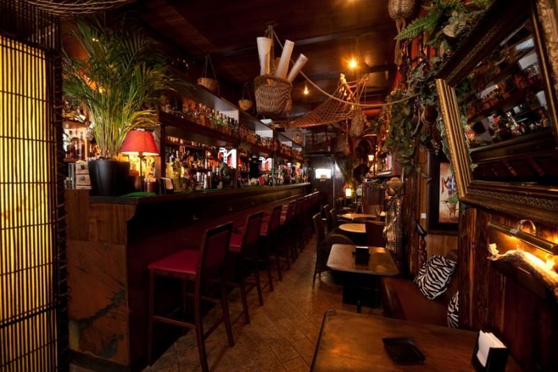 notthingham forest, mixologist, milano, magazine, banco bar