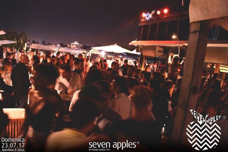 seven apples discoteche versilia