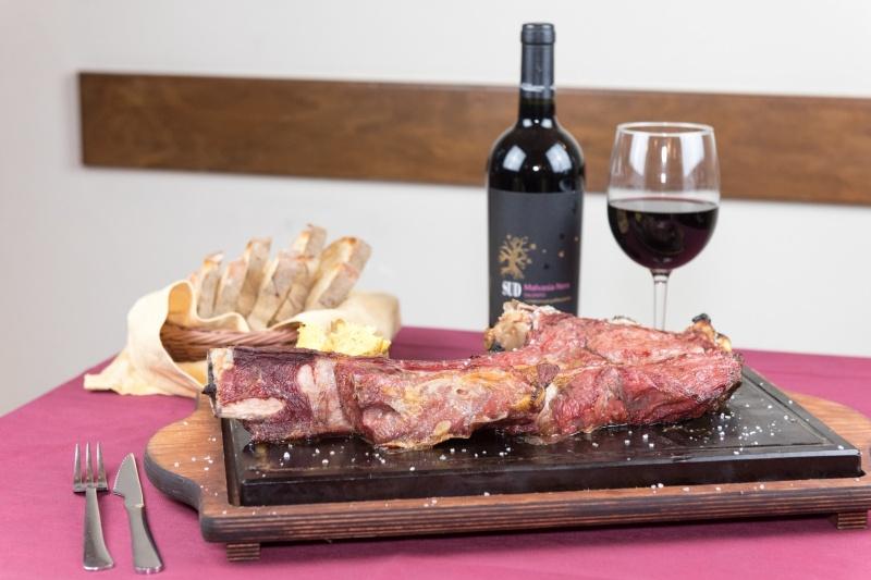 redattori licheri arrosteria dell'itria carne e vino