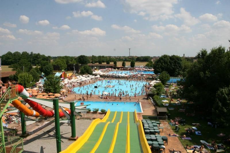 parco acquatico piscina bergamo antegnate