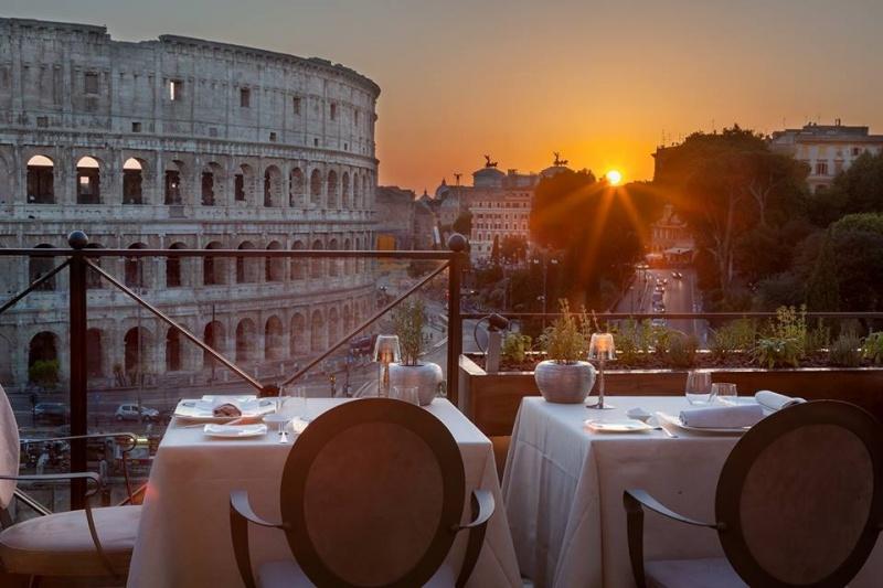 mangiare in terrazza a roma aroma
