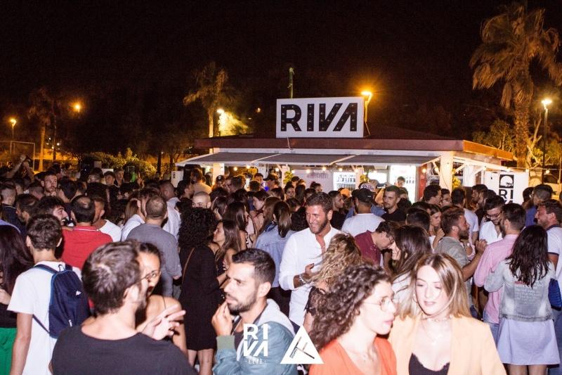 riva beach club https://www.facebook.com/403358590178282/photos/a.418900798624061.1073741830.403358590178282/418932125287595/?type=3&theater