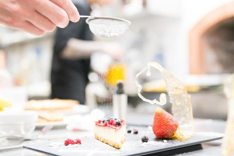 redattori licheri arrosteria dell'itria dessert