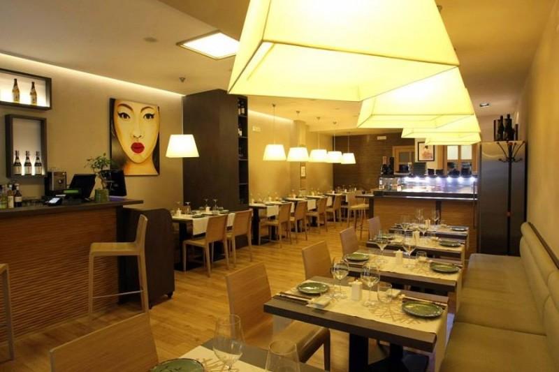 taiki sushi bari https://www.facebook.com/taiki-japanese-restaurant-121716657937152/