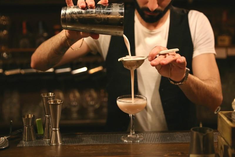barman e cocktail