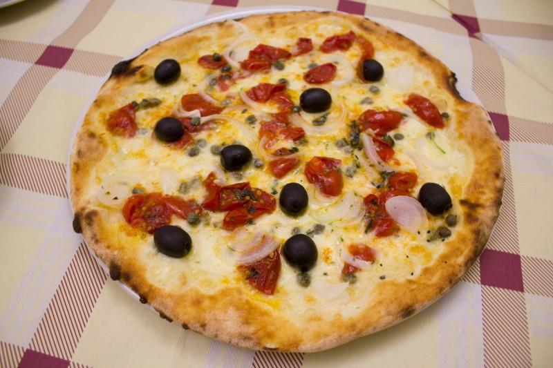 redattori licheri pizza salentina zonzi
