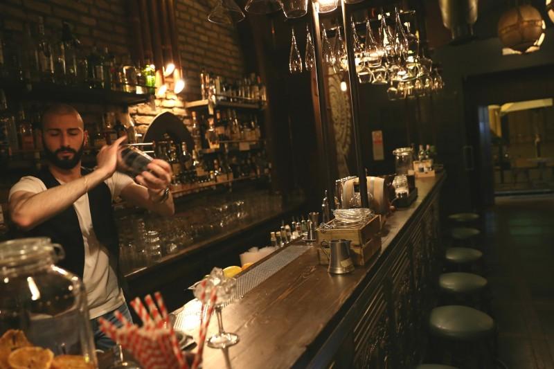 emanuele grimieri barman