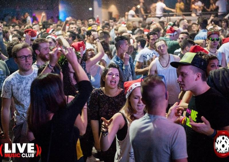 live club bg